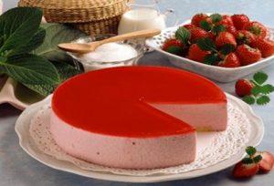 Μπαβαρουάζ με φράουλα και μαστίχα